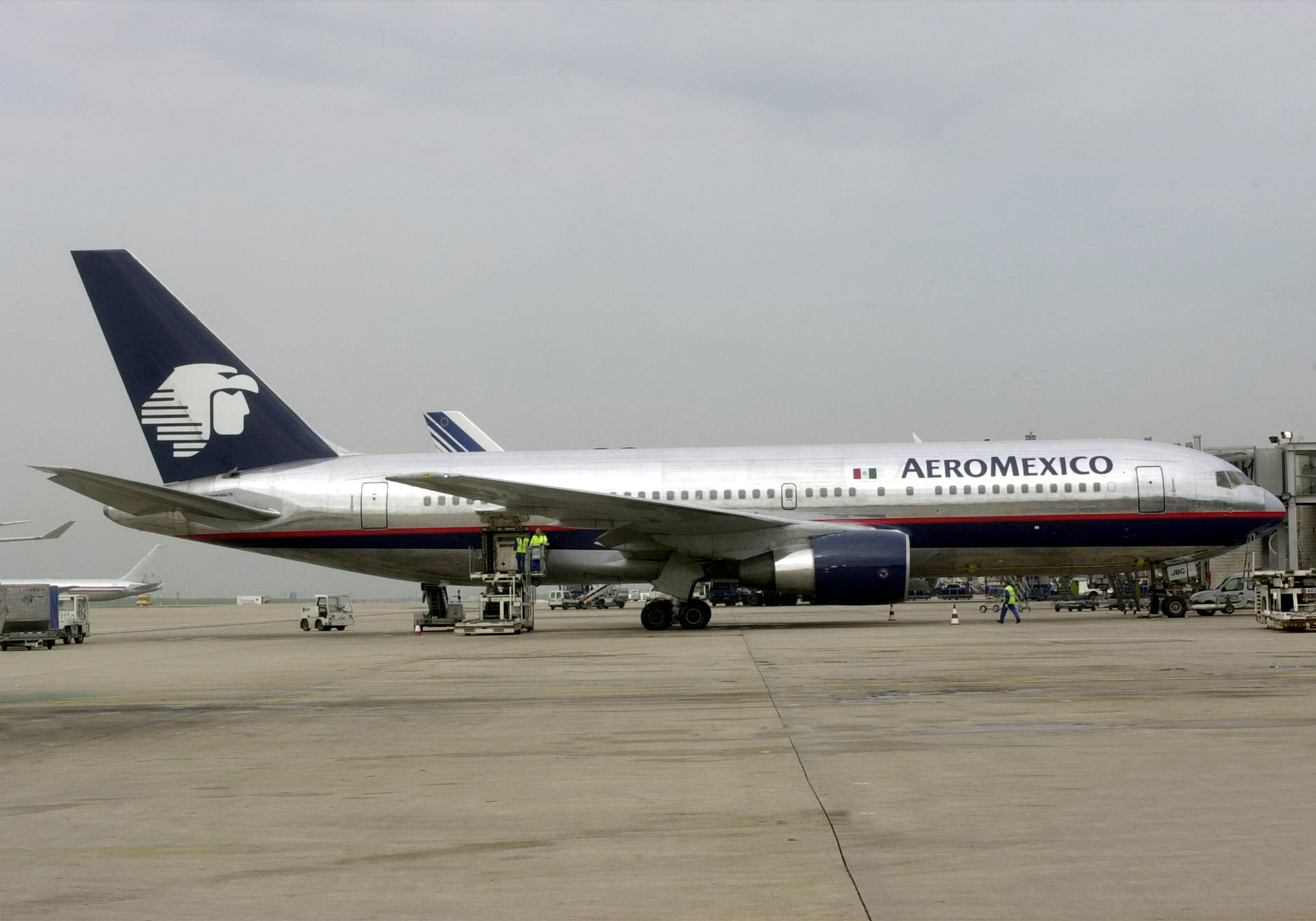 AeroMexico plane sitting at Gate