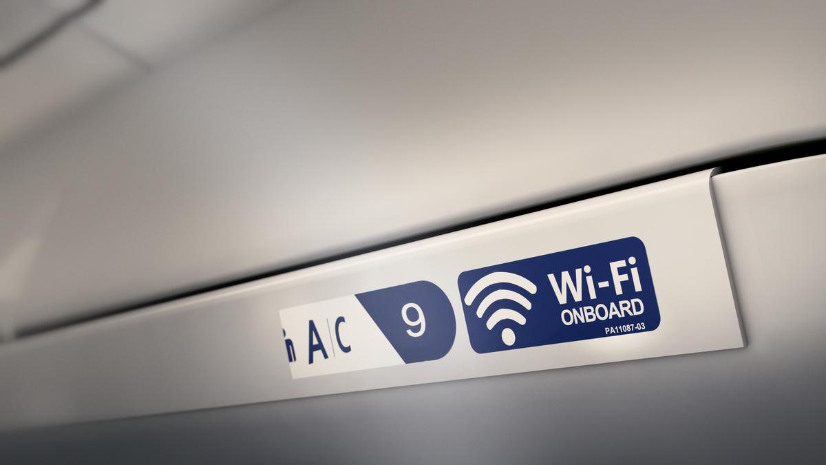 CRJ900 Main Cabin Wi-Fi