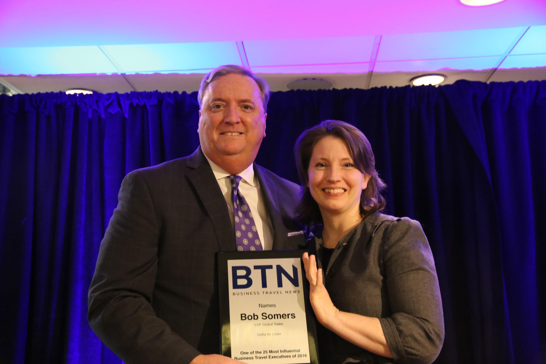 Bob Somers receive award