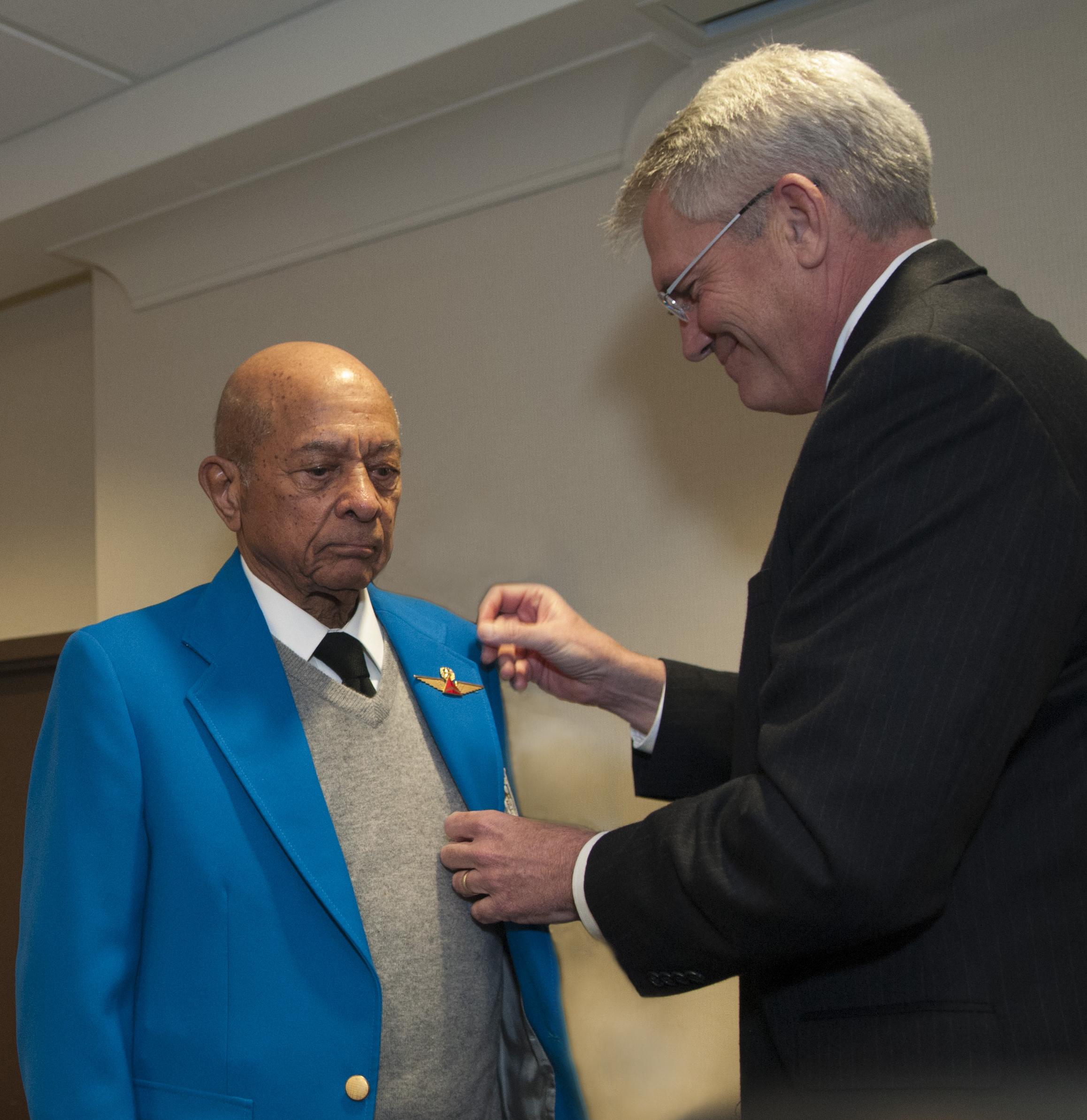 Lt. Col. Harry Stewart being pinned by Jim Graham