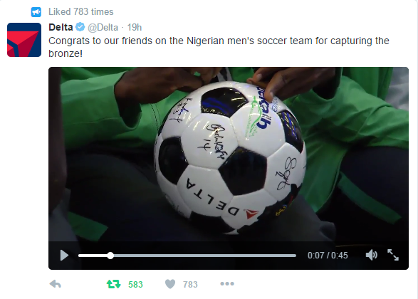 Tweet of Nigerian soccer team signing ball
