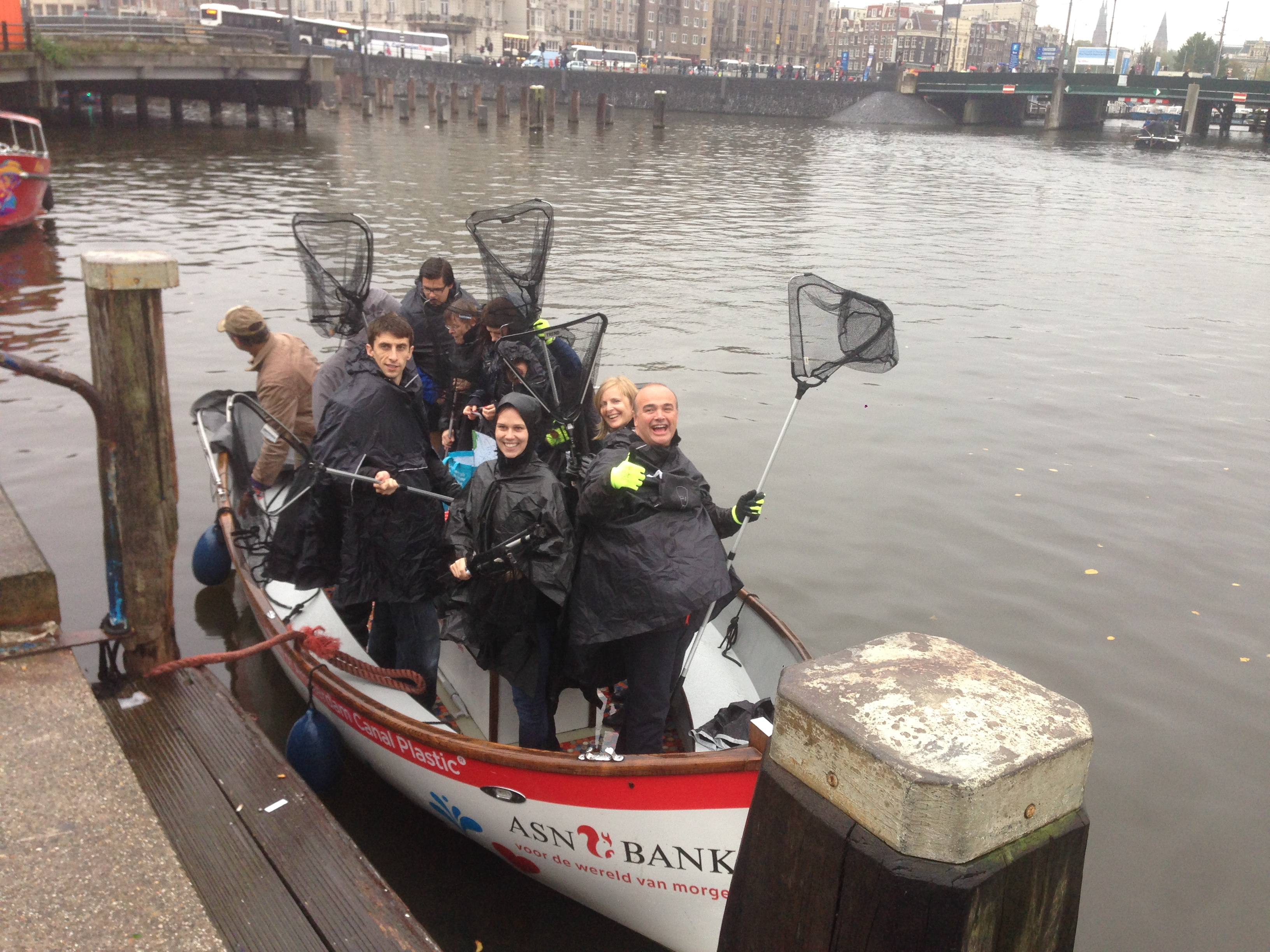 Delta Employees cleans Amsterdam canals