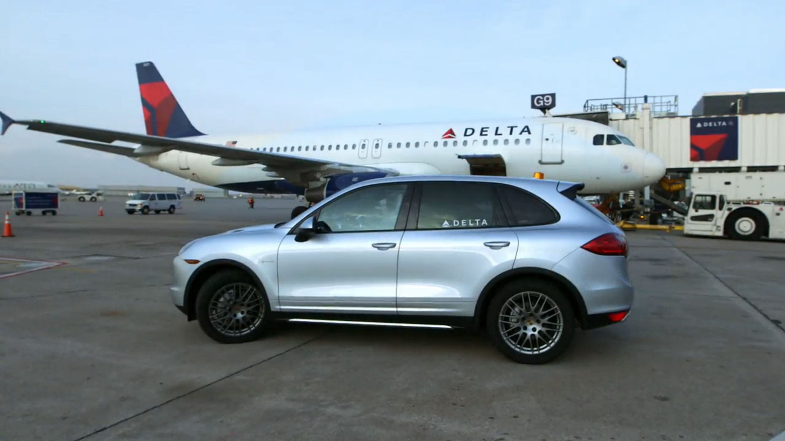 Porsche and Delta aircraft
