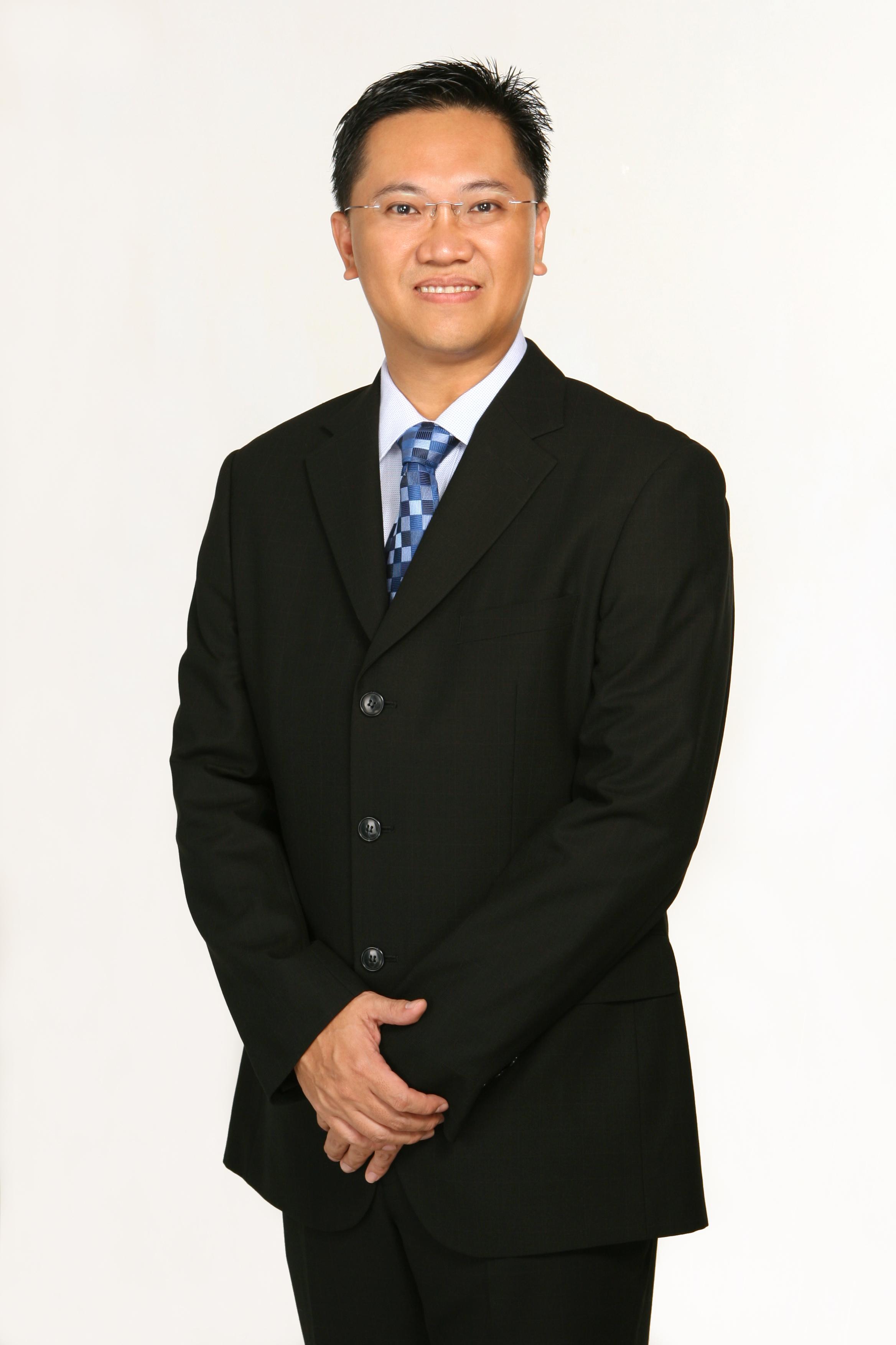 Wong Hong Executive Headshot