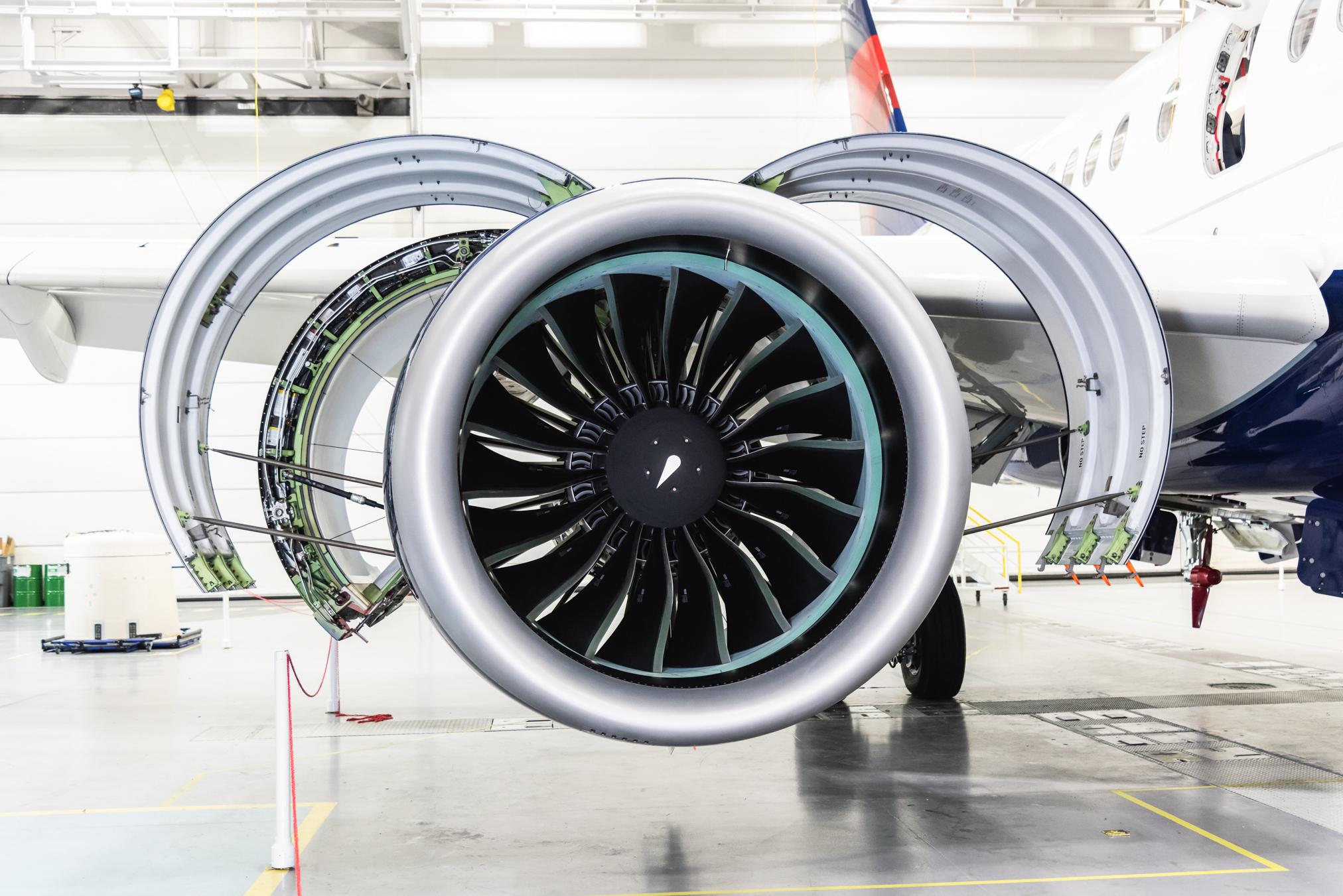 a220-engine-2.jpg