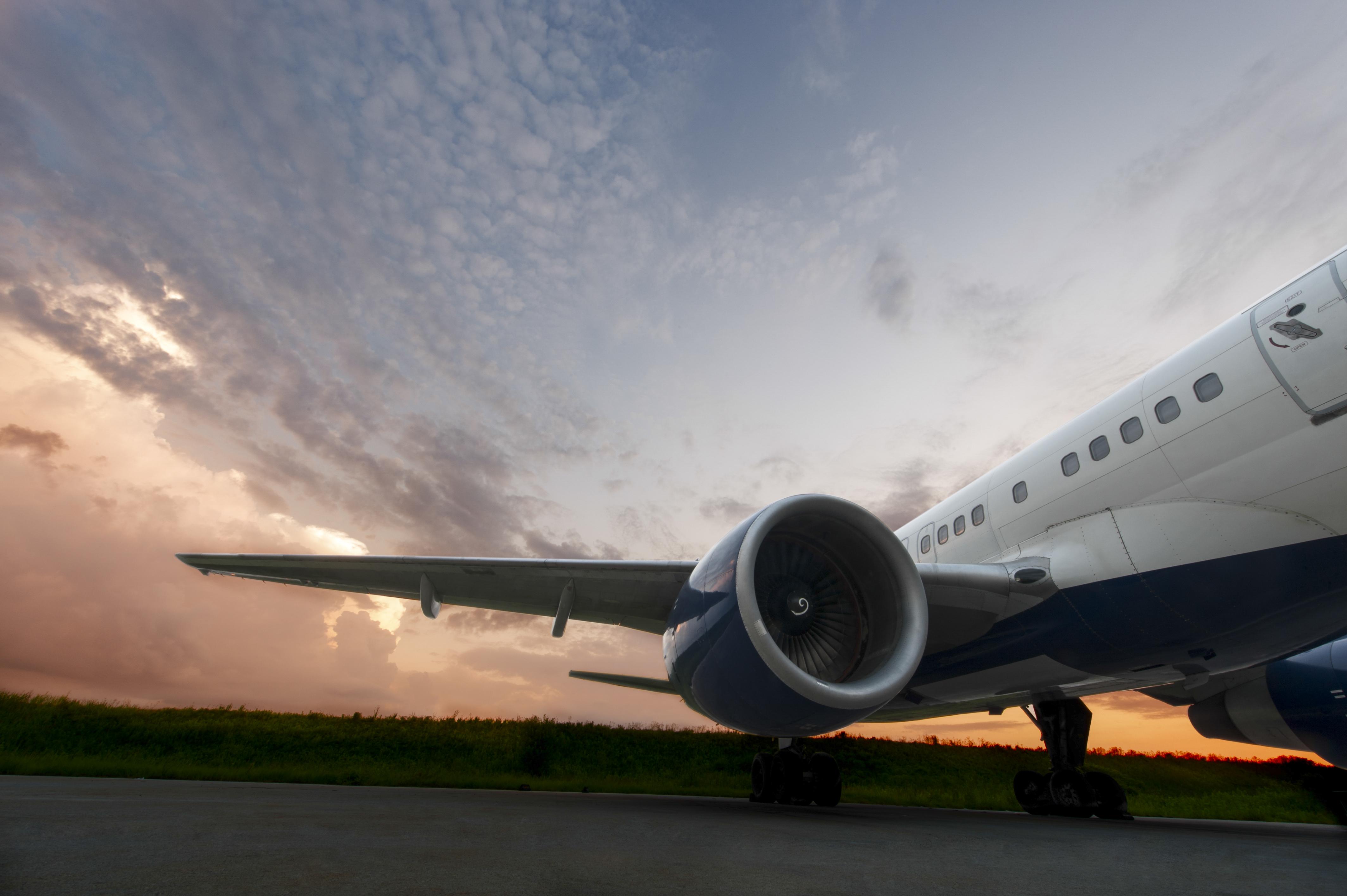 Delta Resumes Flights To Houston Following Devastating