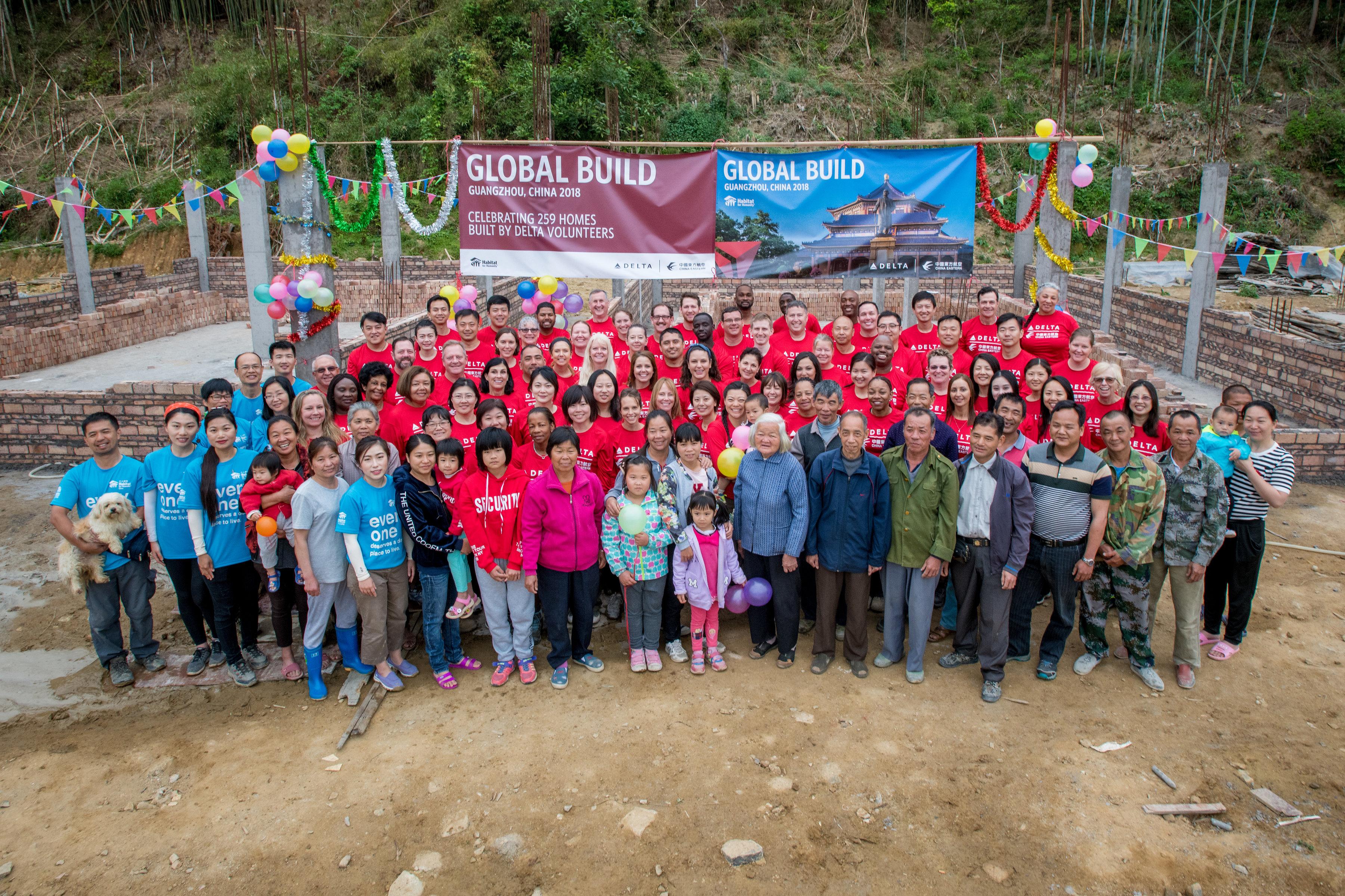 2018 Global Build Volunteers with Homeowners