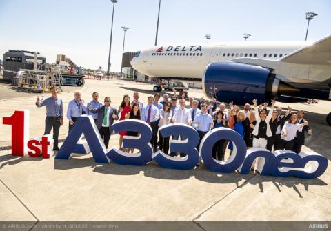 Delta A330 Delivery flight team