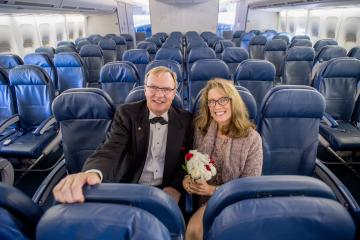 Delta couple marries on final 747 flight 3