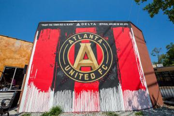 Delta, Atlanta United paint the town in celebration of new partnership