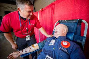 Delta celebrates 75 years in partnership with American Red Cross