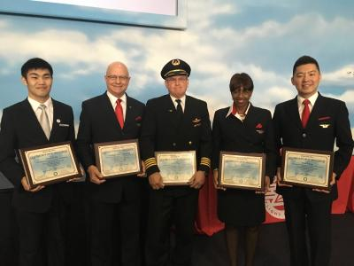 Video: Quick-thinking flight crew saves life of stroke victim ...
